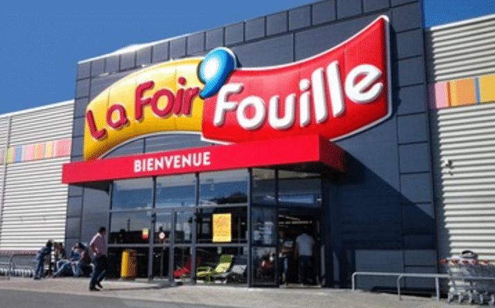 Top magasin la with piscine foir fouille for Piscine la foir fouille