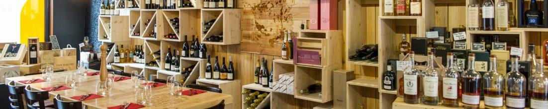 caves-vins-epicerie-table-hotes-1