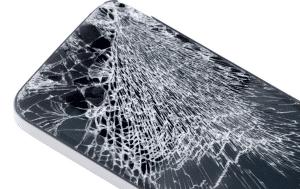 écran téléphone cassé